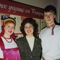 Ученики Любови Концовой Катя и Женя Ельшины 2007г.